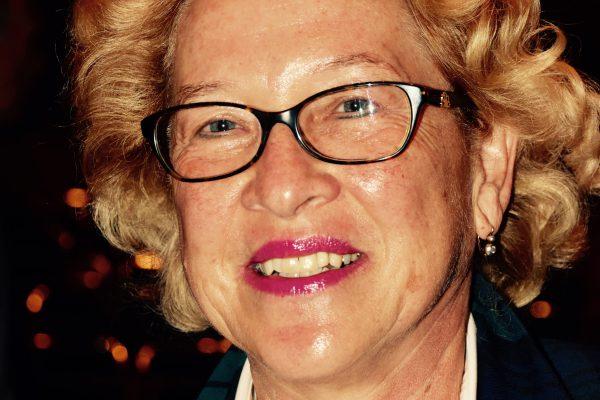 Frau Prof. Ginter-Hanselmayer