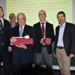 Verabschiedung des Stiftungsvorstandes. (v.l.n.r.) Oliver Kurzai, Dieter Buchheidt, Claus Seebacher, Jürgen Bufler, Andreas Groll
