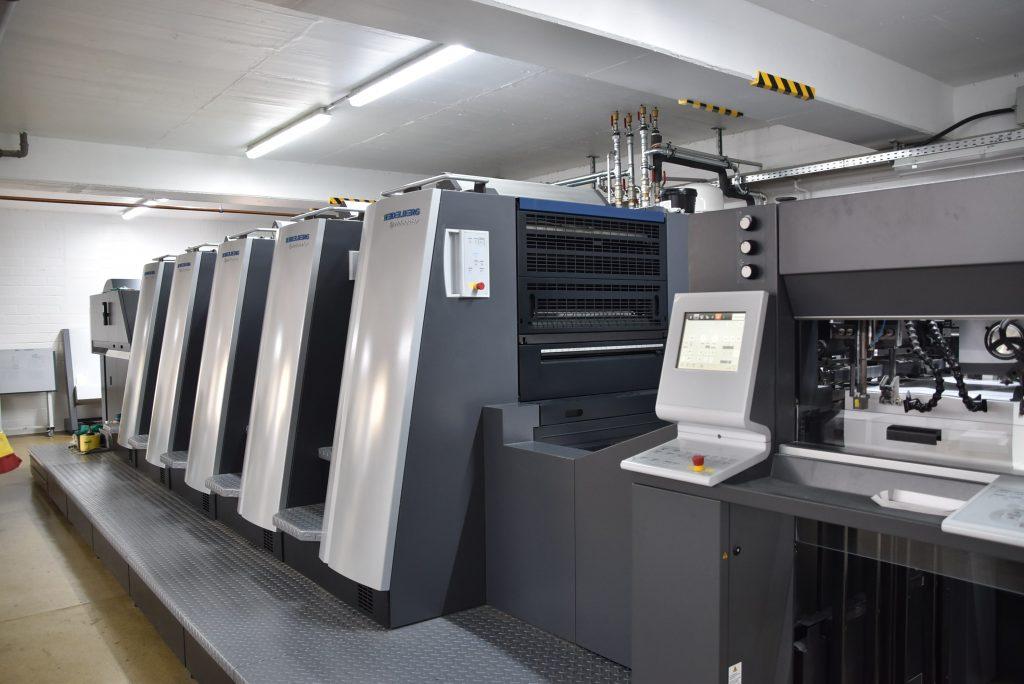 Auf einer hochmodernen Druckmaschine wurde das Sonderheft im April 2018 in der Druckerei Preuss GmbH in Ratingen gedruckt.